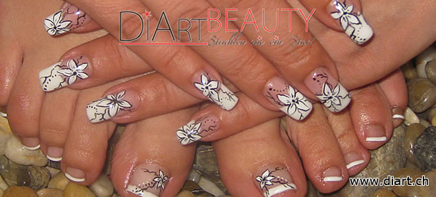 fussfrench foot nailart flower